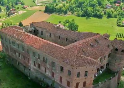 Louvet-Group-International-Real-Estate-Castle-in-Northern-Italy