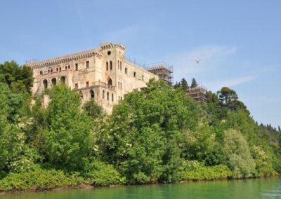 The-Louvet-Group-Isola-Maggiore-Tuoro-sul-Trasimeno-Italy-3