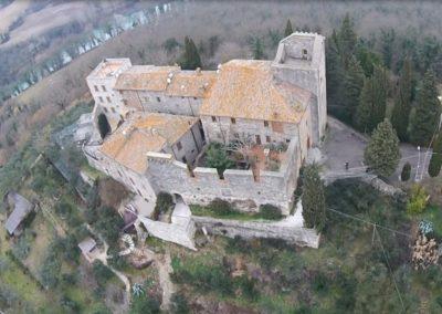 louvet-group-international-real-estate-listings-castle-historic-todi-10-1