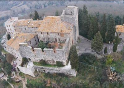 louvet-group-international-real-estate-listings-castle-historic-todi-9