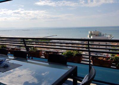 louvet-group-international-real-estate-listings-grado-luxury-apartment-27