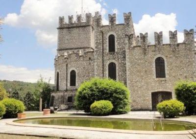 Louvet-Group-Castle-in-Umbria-9